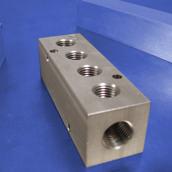 4-Station, 3/8 NPT (F) Input, Stainless Steel Manifold ...