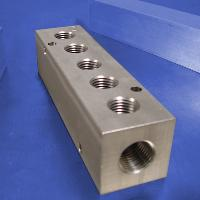 5-Station, 3/8 NPT (F) Input, Stainless Steel Manifold