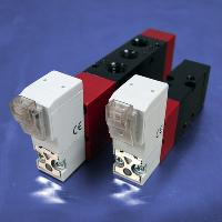 Line Connector (24V DC 4-Way, Solenoid Operated Valves)