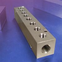 8-Station, 3/8 NPT (F) Input, Stainless Steel Manifold