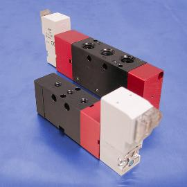 Single Solenoid Operated 4-Way (5/2) Valves