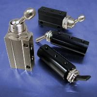 Detented Toggle (10-32 F, 4-Way Valves)